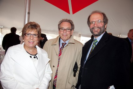 Donna Katen-Bahensky, UW Hospital and Clinics president and CEO, with Drs. Grossman and Golden.