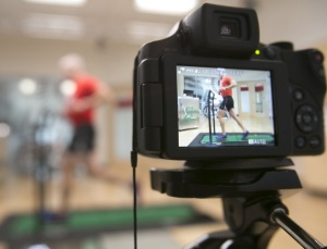 The UW Health Sports Rehabilitation Runners Clinic evaluations include video assessments.