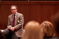 Dr. Jeffrey Grossman in Foundation's of Management, a UW Medical Foundation development program