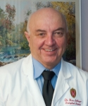 UW Health transplant surgeon Hans Sollinger