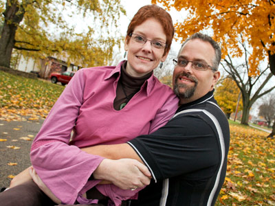Alyssa Brewer, pancreatic cancer survivor, and her husband