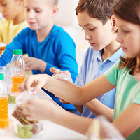 UW Health pediatric diabetes quiz: Kids eating