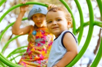American Family Children's Hosptial childhood obesity prevention: Kids on a jungle gym