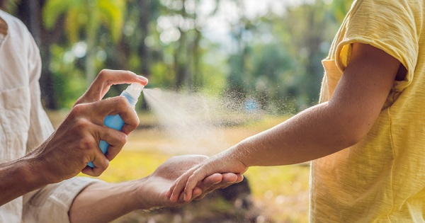 UW Health family medicine physician Dr. Jonathan Temte explains how to keep mosquitos away this summer.