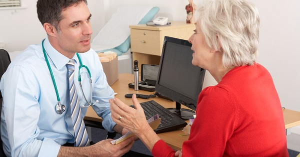 Doctor and patient: Tips for staying healthy as you age
