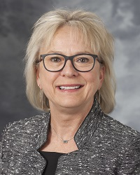 Beth Houlahan, DNP, RN, CENP, UW Health senior vice president and chief nurse executive