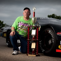 Steve Parsons is a racing announcer and devoted dad who keeps his daughter's memory alive through special trophy races.
