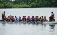 The UW Carbone Cancer Center's Dragonboat Team