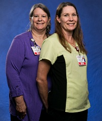 Nurses Lori Tebrinke and Kathryn Carpenter encouraged the organization to incorporate electronic health records into shift handoffs.